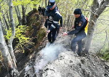 ISU Argeş – Arderea resturilor vegetale se face numai după obţinerea permisului de lucru cu focul