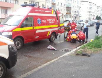 Motociclist rănit în accident la Curtea de Argeş